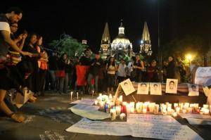 Ayotzinapa-velada-300x199