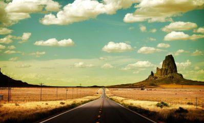 carretera_en_el_desierto_soleado-1680×1050-1024×640