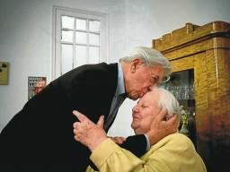 muere-en-barcelona-la-agente-literaria-carmen-balcells-a-los-84-anos-de-edad-256x192
