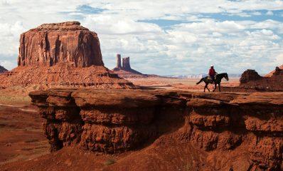 canyon-desert-horseback-rider-wild-west-cowboy-1920×1080